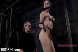 Petarda porno hd con bestidos pegados
