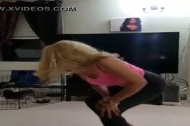 Videos donde el hombre le chupa la vulva a la mujer
