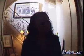 Video de una mujer teniendo sexo con 100 hombres